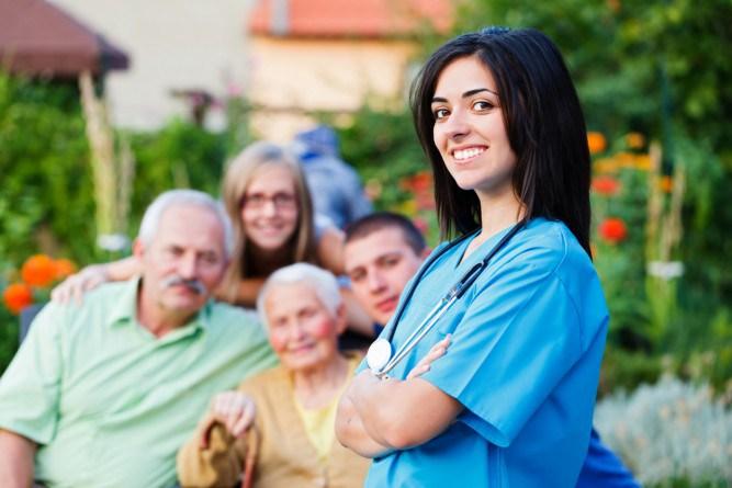 Risultati immagini per infermiere di famiglia