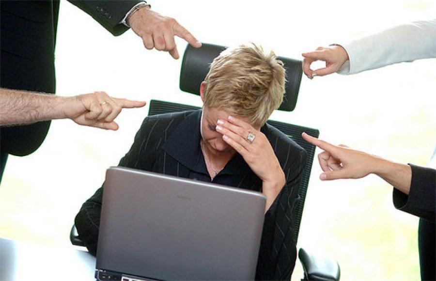 Il danno alla salute per mobbing non comporta il riconoscimento del danno professionale
