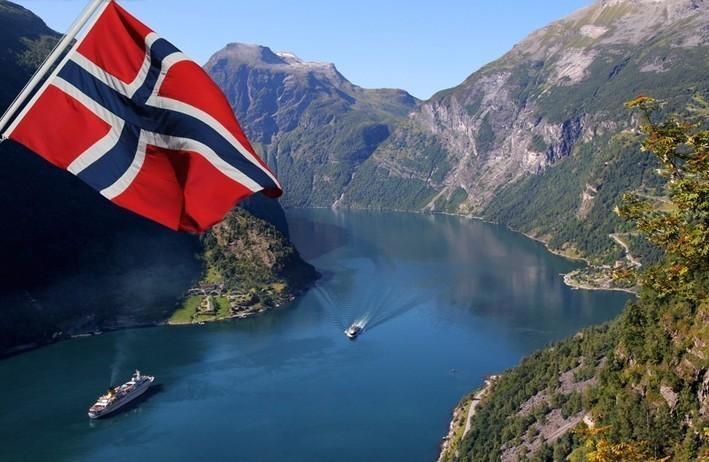 crociera_tra_i_fiordi_norvegia