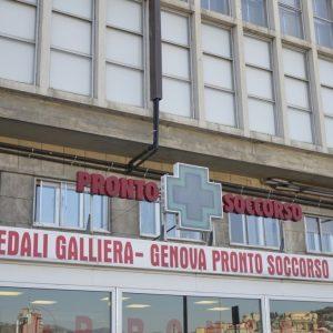 Genova, Ospedale Galliera: in venti infermieri no vax rischiano la sospensione