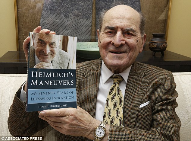 Morto Henry Heimlich, l'inventore della celebre manovra anti-soffocamento
