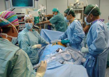 Garza dimenticata in addome: medici e infermieri condannati a Ragusa