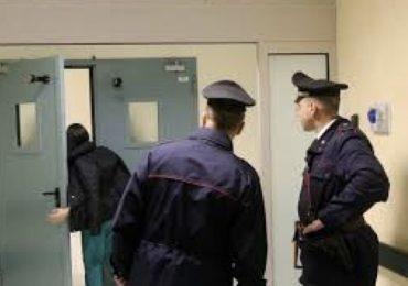 Carabinieri si travestono da Infermieri per arrestare 3 criminali 1