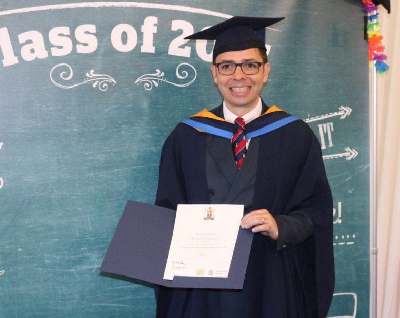 Infermiere italiano consegue il titolo di PostGraduate Certificate in Learning and Teaching in UK