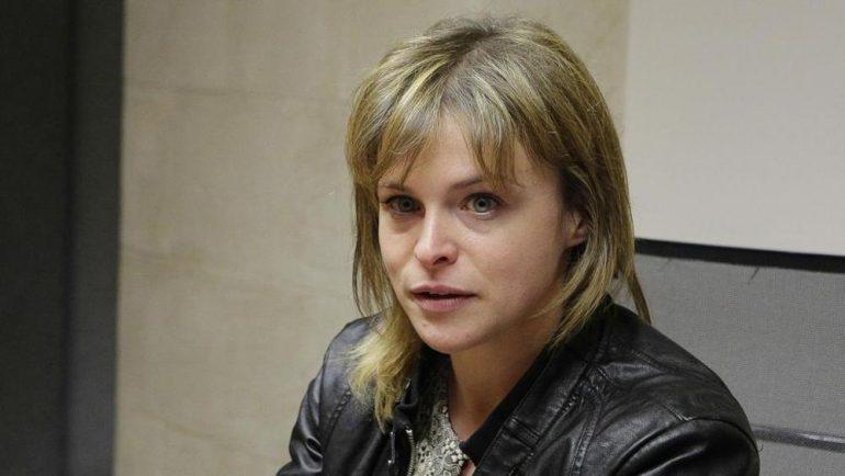 Effettuò false vaccinazioni: licenziata Emanuela Petrillo