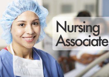 Gioco al ribasso della professionalità in sanità pubblica: il caso dei nursing associate in Gran Bretagna