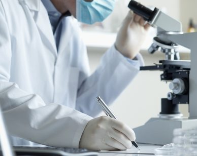 """Un batterio antartico per curare il carcinoma polmonare """"non a piccole cellule"""""""