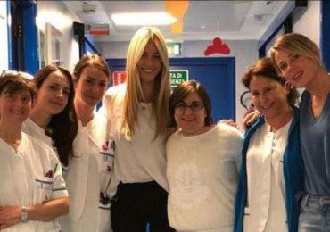 Elena Santarelli ringrazia le infermiere del reparto che ha in cura suo figlio 1
