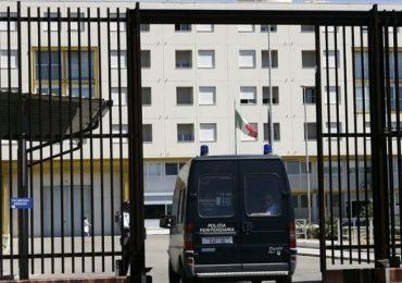 Infermiere penitenziario arrestato: era messaggero delle cosche mafiose