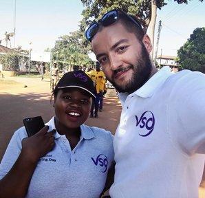 Volontariato in Uganda: l'esperienza dell'infermiere italiano Vincenzo Cologna