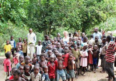 Dall'incontro con Wojtyla alla missione in Congo: l'esempio di un'infermiera monzese