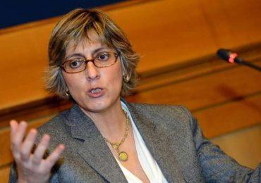 """Furbetti del cartellino, il ministro Bongiorno: """"Prenderemo le impronte digitali"""""""