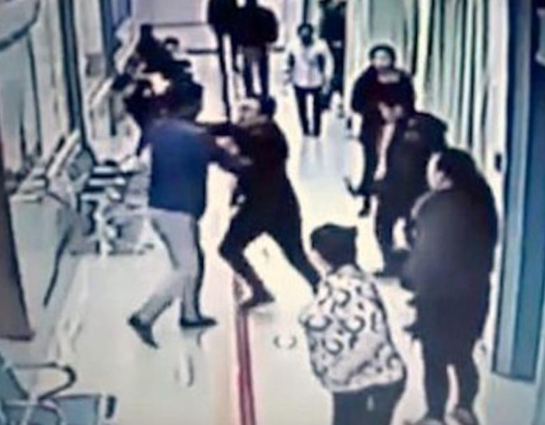 Infermiere malmenato da paziente in crisi d'astinenza: l'Asl 4 Roma si dichiara vicina