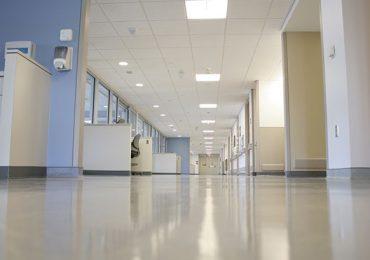 Lazio, URGONO ASSUNZIONI negli ospedali: con l'estate interi reparti rischiano la chiusura