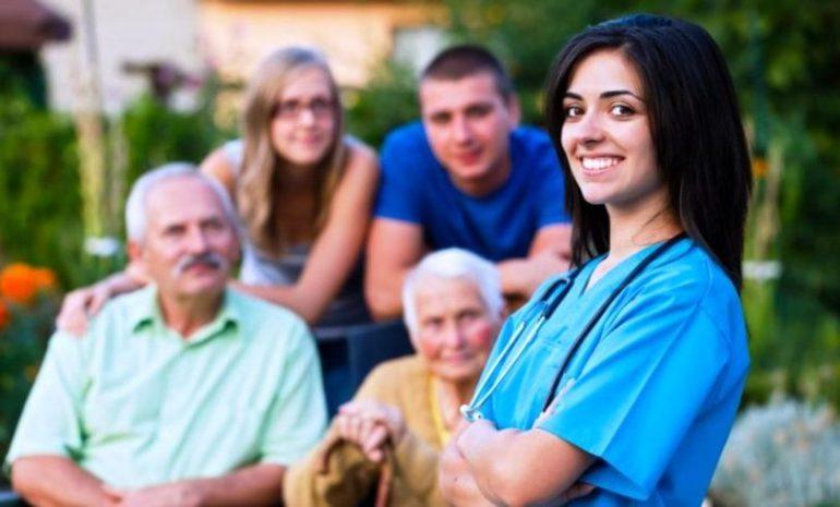 """Nursing Up a Fimmg: """"L'infermiere di famiglia è un professionista autonomo. Team assistenziale e medico curante non ne decidono il ruolo"""""""