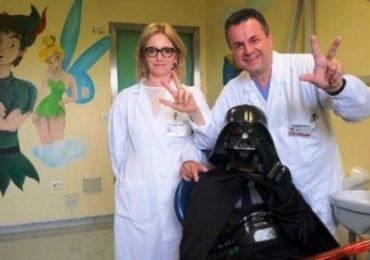 """Piove di Sacco (Padova), ragazzo autistico teme il dentista: l'ospedale ricorre alla """"terapia Star Wars"""""""