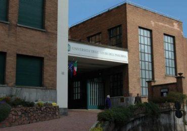 Università dell'Insubria, dottorato di ricerca in Medicina clinica e sperimentale e Medical Humanities per due infermieri 1