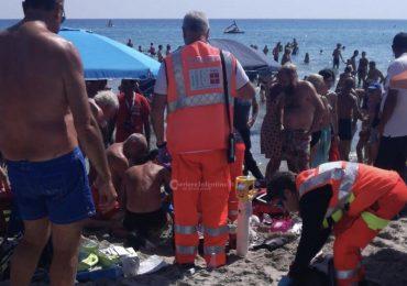 Arresto cardiaco in spiaggia: turista salvato in extremis da due infermieri in vacanza