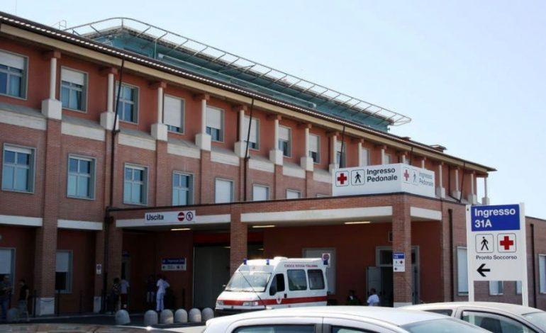"""Cisanello di Pisa, un muro di parole per dire """"grazie"""" al personale sanitario"""