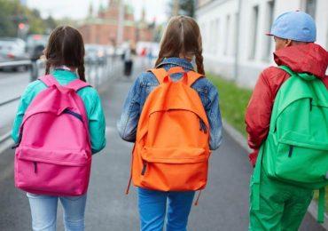 I pericoli di uno zaino scolastico troppo pesante