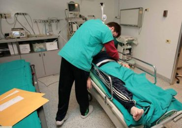 Lodi, stop alla mensa aziendale: infermieri e oss non hanno più diritto ad abbandonare il reparto