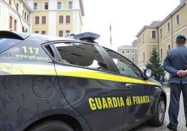 Umbria, dipendente licenziato: utilizza la 104 per viaggiare all'estero e posta le foto su Fb