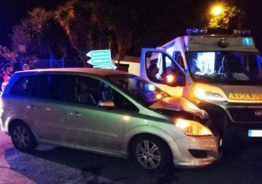 Sannicandro (Bari), incidente coinvolge un'ambulanza