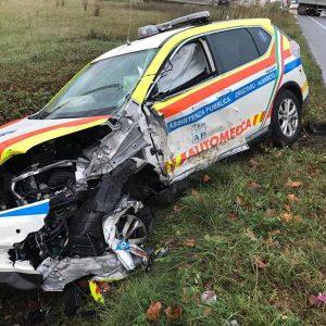 Tir travolge ambulanza e automedica: volontaria morta nello scontro, feriti medico, bimbo trasportato e mamma 1