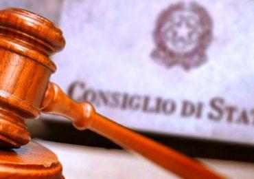 Violazione delle regole sul lavoro a tempo indeterminato nelle PA, la pronuncia del Consiglio di Stato