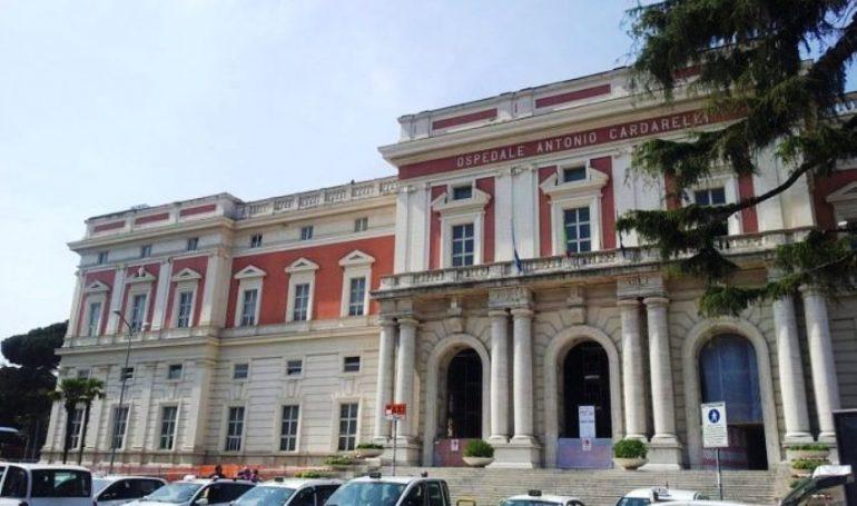"""Napoli, il pronto soccorso del """"Cardarelli"""" è al collasso"""
