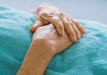 Teramo, anziana deceduta in Rsa: medico e infermiera a processo per negligenza