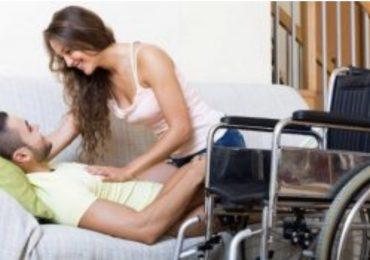 Professioniste del sesso per i disabili, arriva la proposta Cinquestelle