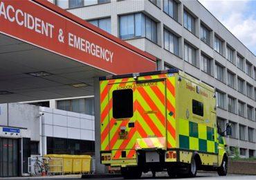"In UK parte la sperimentazione del gatekeeper nurse, l'infermiere ""buttafori"""