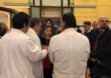 """Giulia Grillo in visita al Policlinico Umberto I di Roma: """"Degrado inaccettabile"""""""