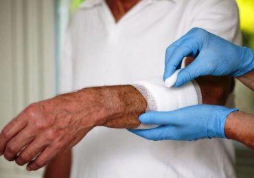 """""""Le lacrime sulla pelle"""": il ruolo del team assistenziale domiciliare nella gestione delle skin tears"""