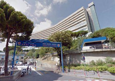 Policlinico S. Martino di Genova: centinaia di medici e infermieri indagati per i prelievi sottobanco. Anche una suora indagata