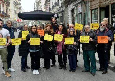 Taranto, fiaccolata per le piccole vittime del cancro
