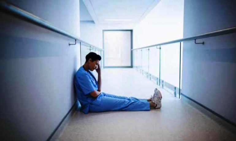 Burnout, gli infermieri che ne soffrono sono soggetti a errori