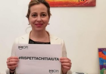 """Giulia Grillo: """"Massimo impegno contro la violenza sugli operatori sanitari"""""""