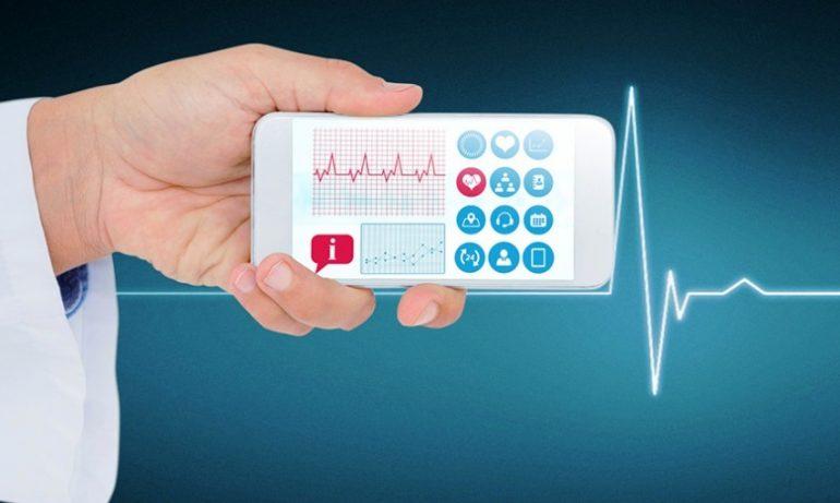 Occhio alle app per la salute: dati sensibili ceduti a Facebook