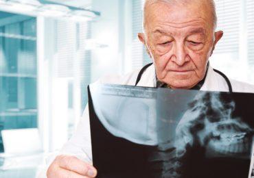 """Sono già 4 le regioni costrette a richiamare i medici in pensione:""""È la Caporetto del sistema sanitario"""""""