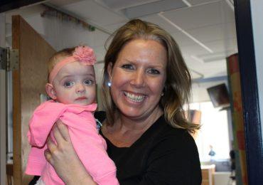 Nata prematura ed abbandonata in ospedale: infermiere decide di adottare la piccola Giselle