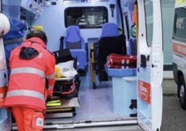 Presa a calci e pugni dal famigliare mentre rianima paziente: 15 giorni di prognosi per una soccorritrice 1