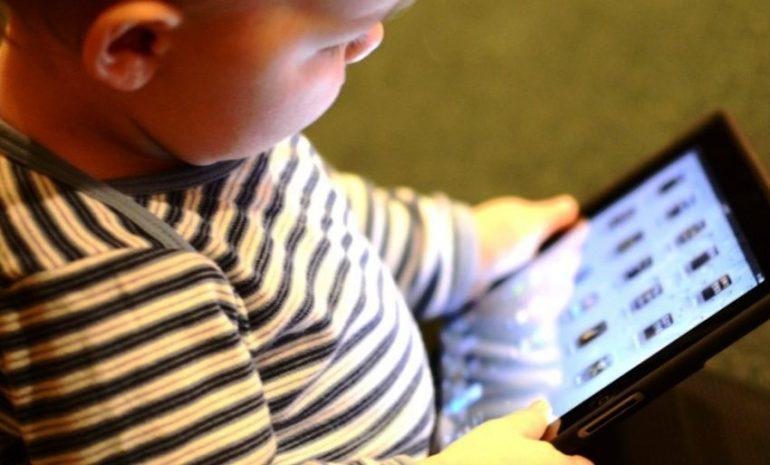 Attività fisica, sedentarietà e sonno: le Linee guida dell'Oms per i bimbi sotto i 5 anni