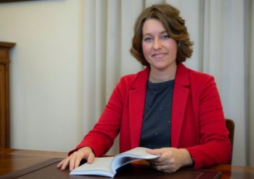 Defibrillatori: la proposta di legge della deputata Leda Volpi