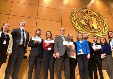 Farmaci, Oms approva risoluzione sulla trasparenza del prezzo: Grillo esulta