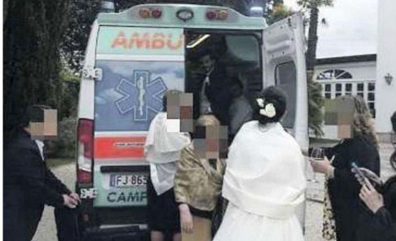 Matrimonio In Ambulanza : Sposi noleggiano un ambulanza per andare al matrimonio è polemica