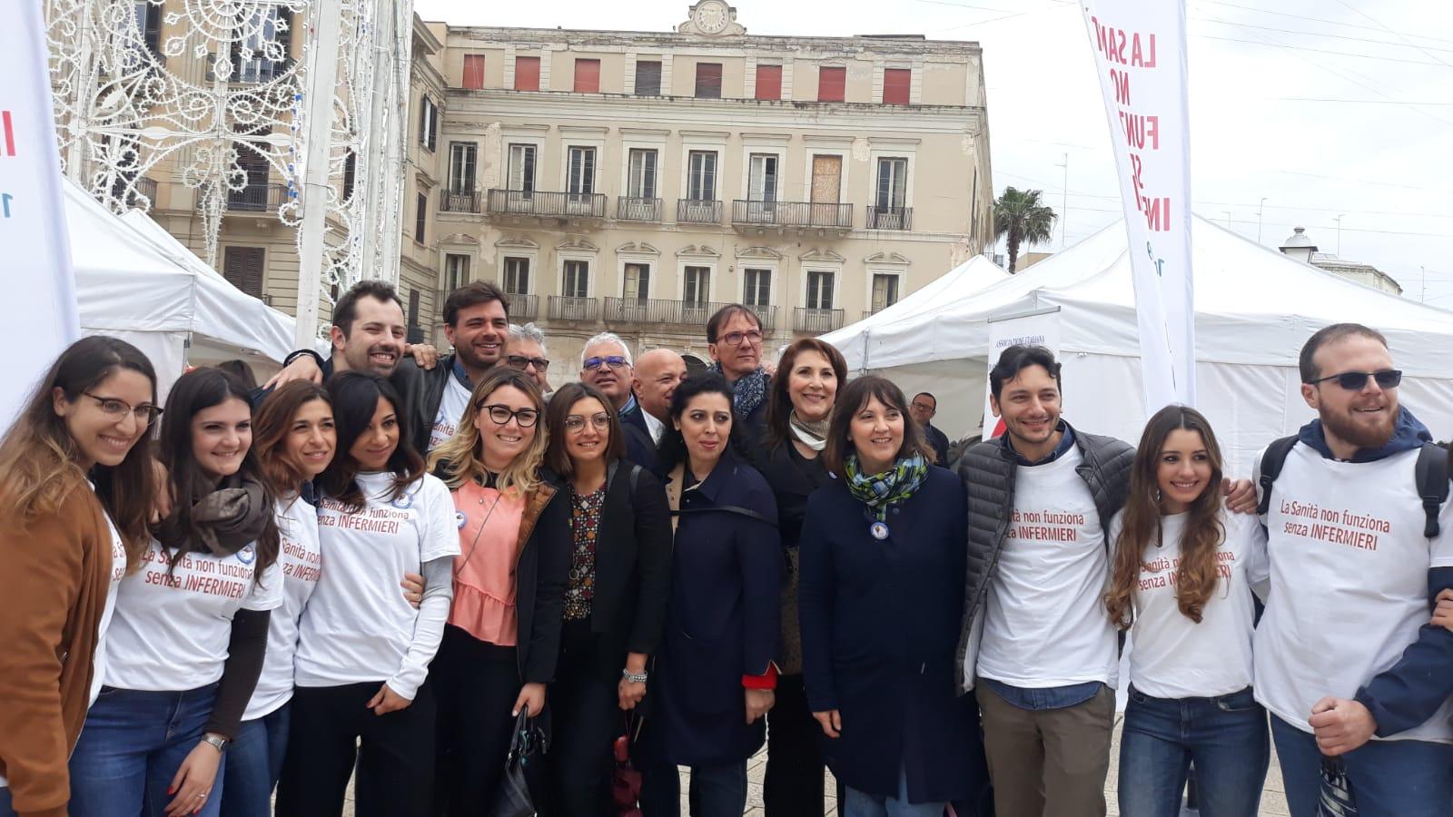 L'Opi Bari celebra la Giornata Internazionale dell'Internazionale in piazza del Ferrarese 2