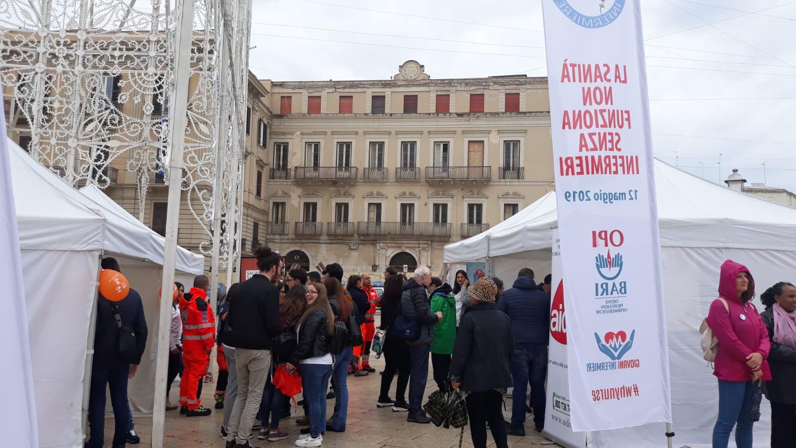 L'Opi Bari celebra la Giornata Internazionale dell'Internazionale in piazza del Ferrarese 4