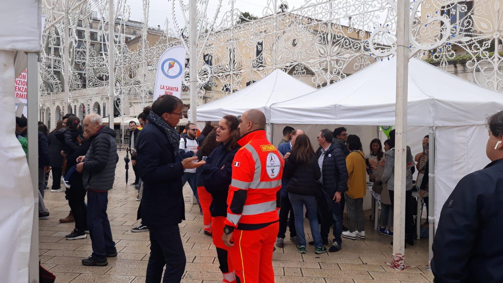 L'Opi Bari celebra la Giornata Internazionale dell'Internazionale in piazza del Ferrarese 6